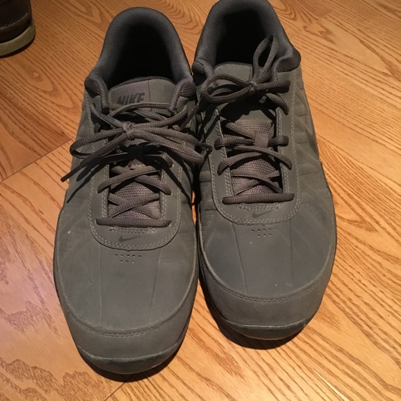 Nike sneakers size 9.5